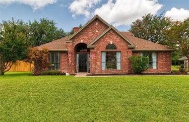 SFR located at 1218 Chisholm Trail