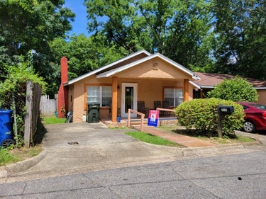 SFR located at 717 Price