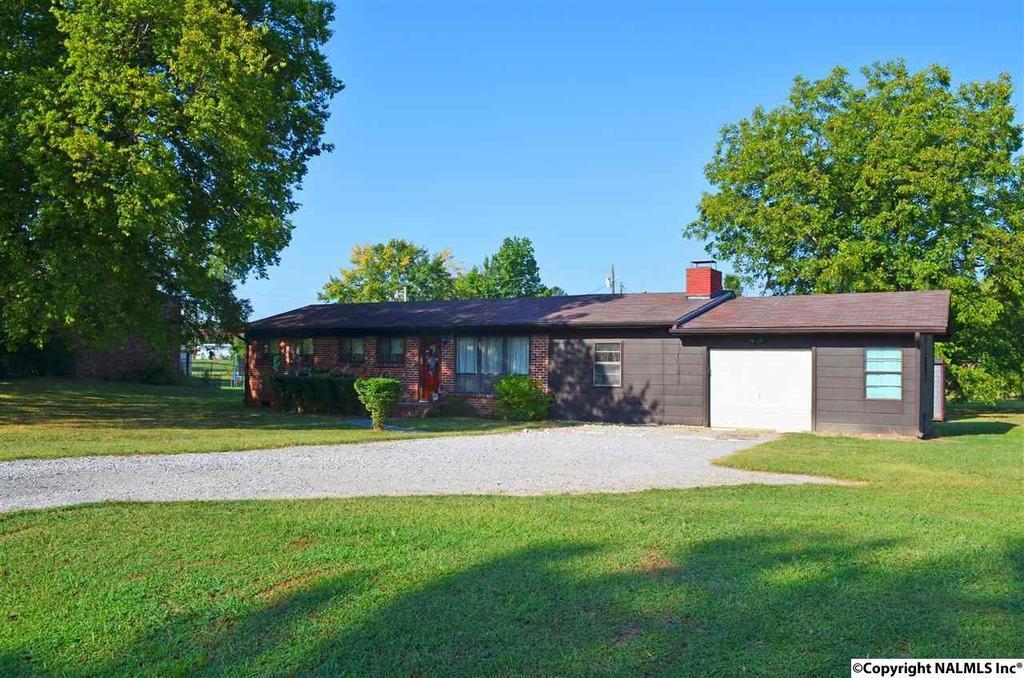 76 skidmore rd decatur al mls 1053827 era for Home builders decatur al