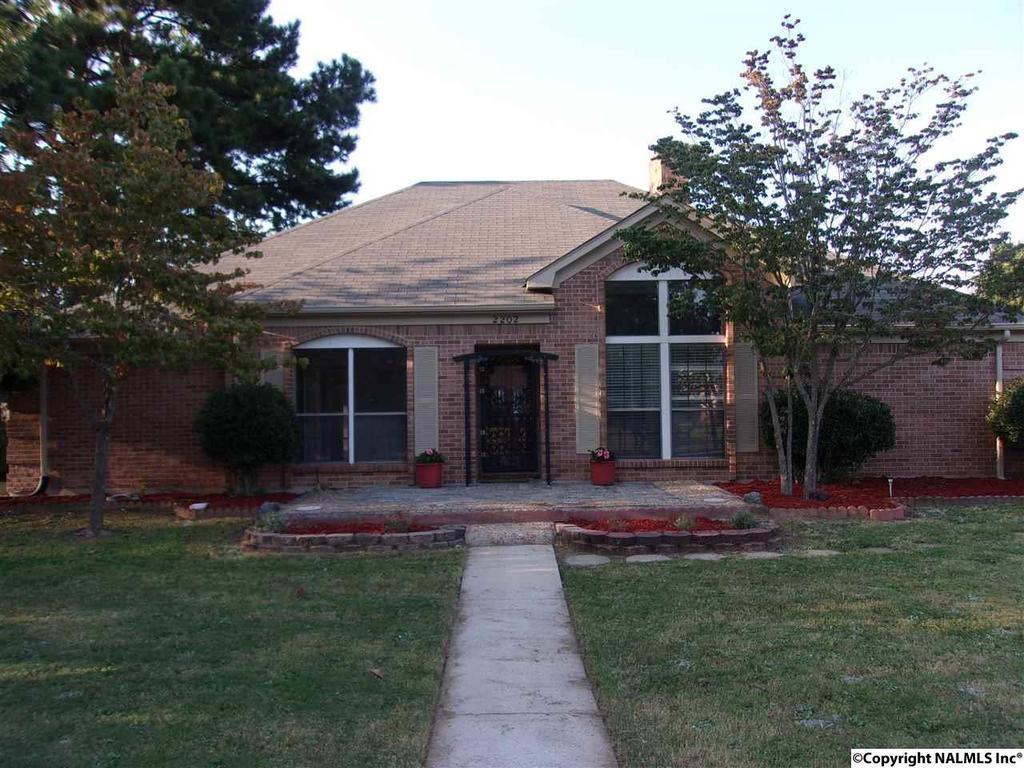 2202 duncansby dr sw decatur al mls 1078071 better for Home builders decatur al