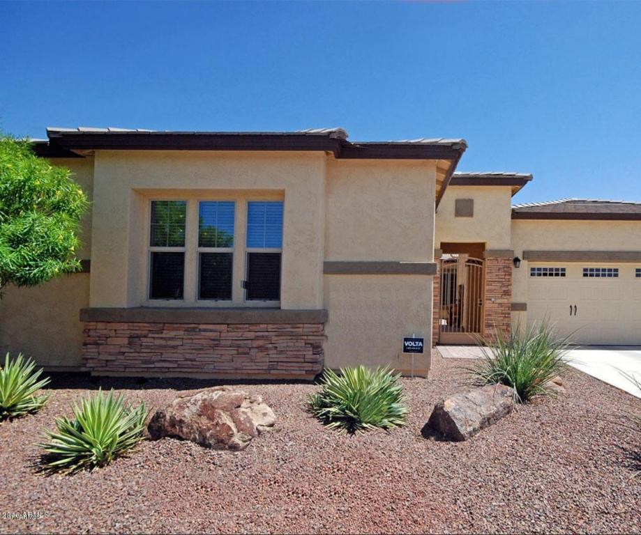 17691 W Cottonwood Ln Goodyear Az Mls 5655501 Better Homes And Gardens Real Estate