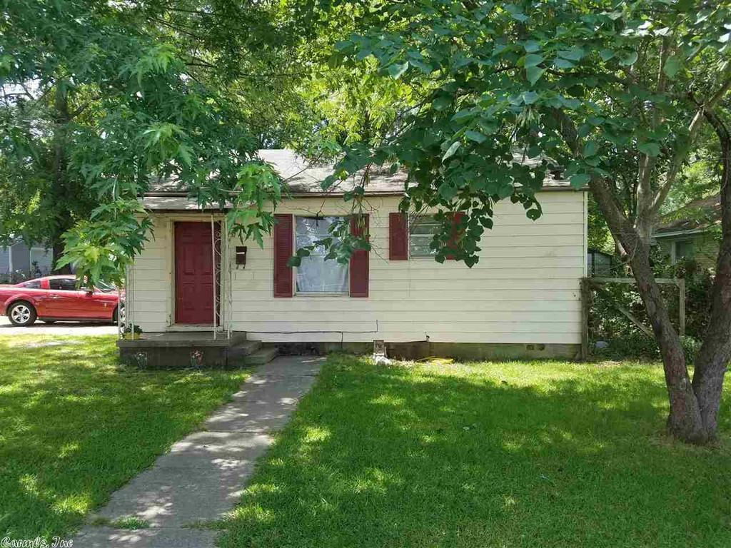1217 park dr north little rock ar mls 17015070 for Cost to build a house in little rock