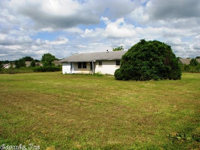 centrally located 3 acre property - 640×480