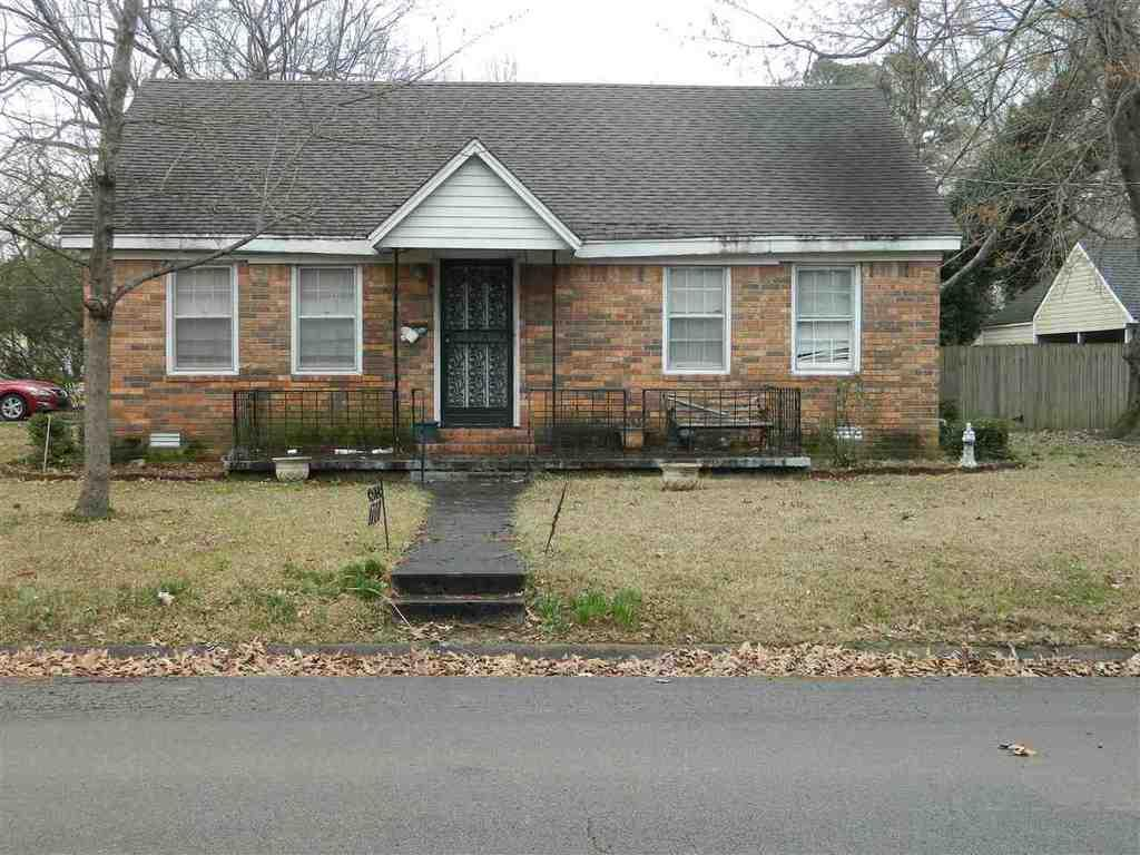 700 floyd st jonesboro ar mls 10068643 era for Home builders jonesboro ar