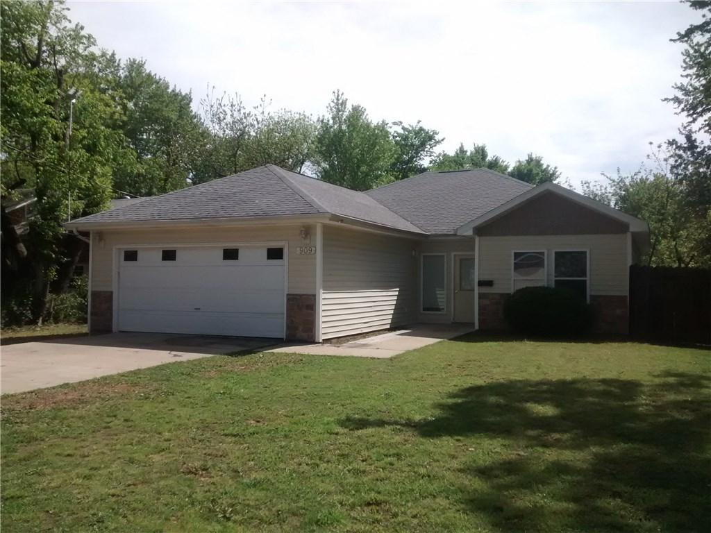909 S B ST, ROGERS, AR — MLS 1046443 — Coldwell Banker