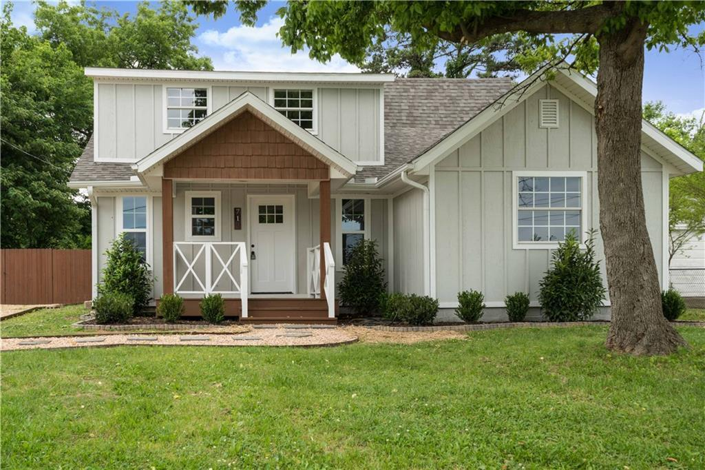 718 w maple st rogers ar mls 1048847 coldwell banker
