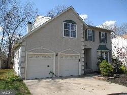 10 Frosty Hollow Ct. Sicklerville, NJ 08081