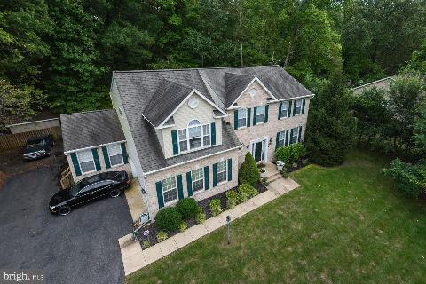 Click the heart icon to add this property to your favorites list Open House  Sun Oct 7, 1:30pm-3:30pm