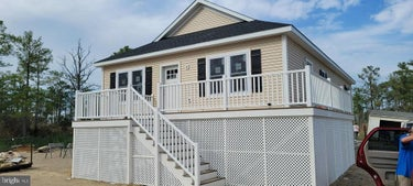 SFR located at 26254 Deal Island Rd