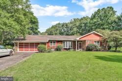 Homes For Sale In Glen Rock Pa Glen Rock Real Estate Ziprealty