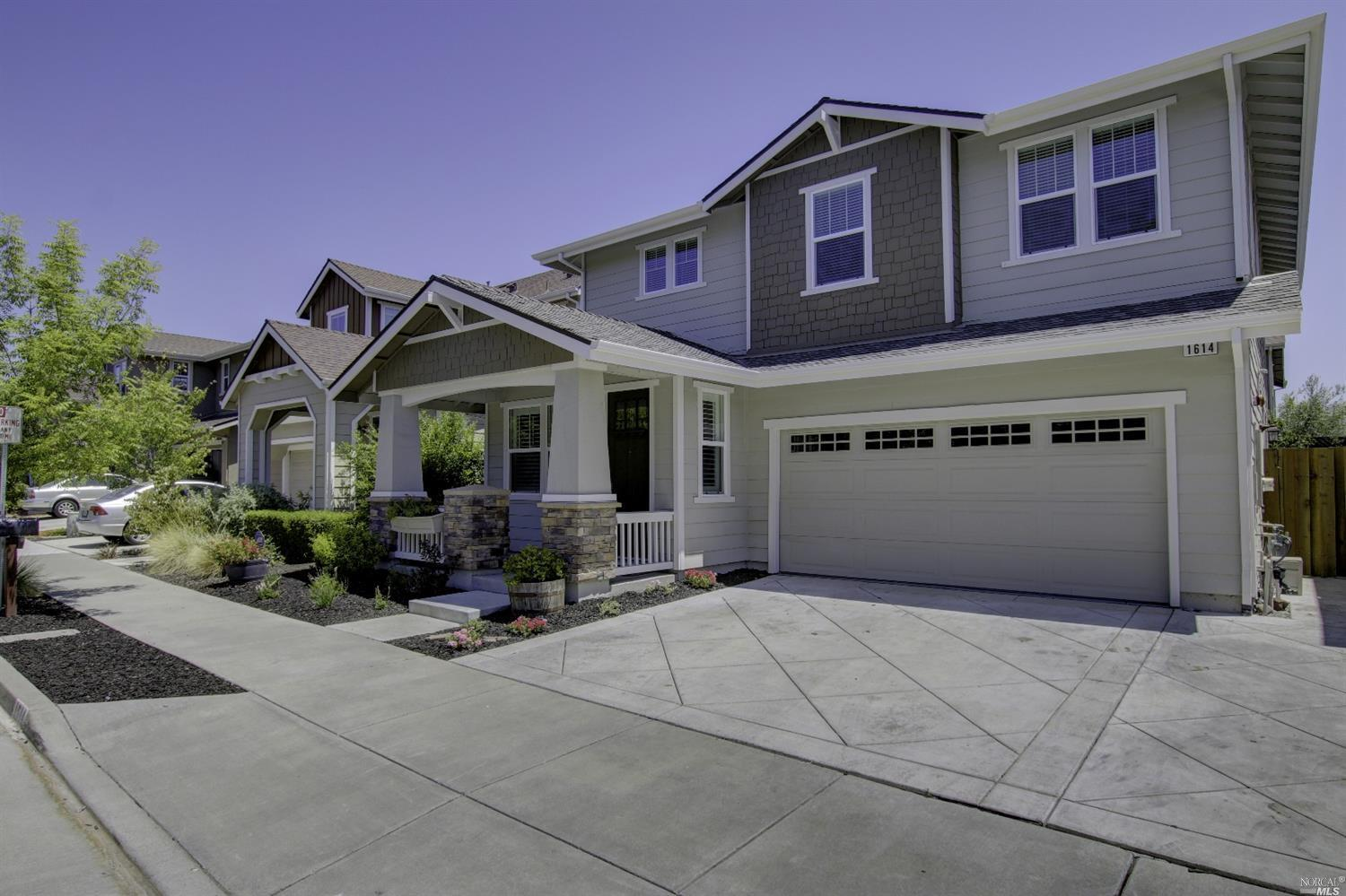 Ranch style home design build pros description salinas for Pros and cons of ranch style homes