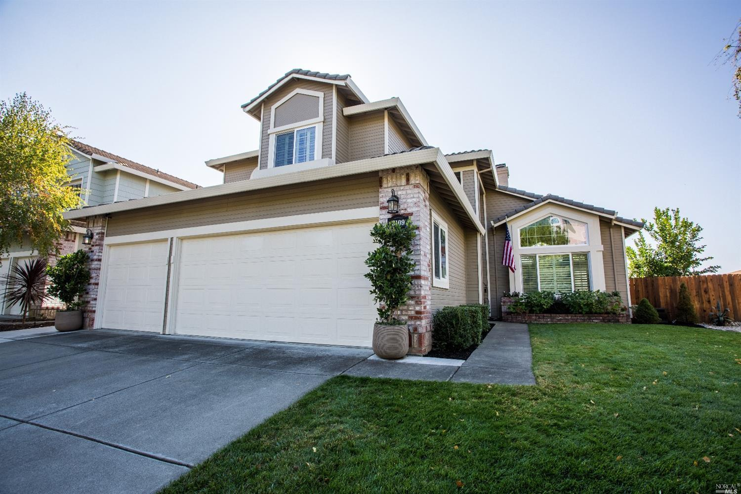 3109 SONOMA VALLEY DR, FAIRFIELD, CA — MLS 21725824 — Better Homes and Gardens Real Estate