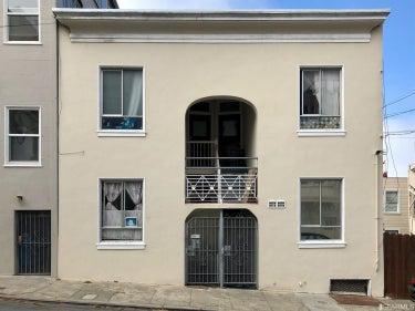 MFR located at 176 Valparaiso Street