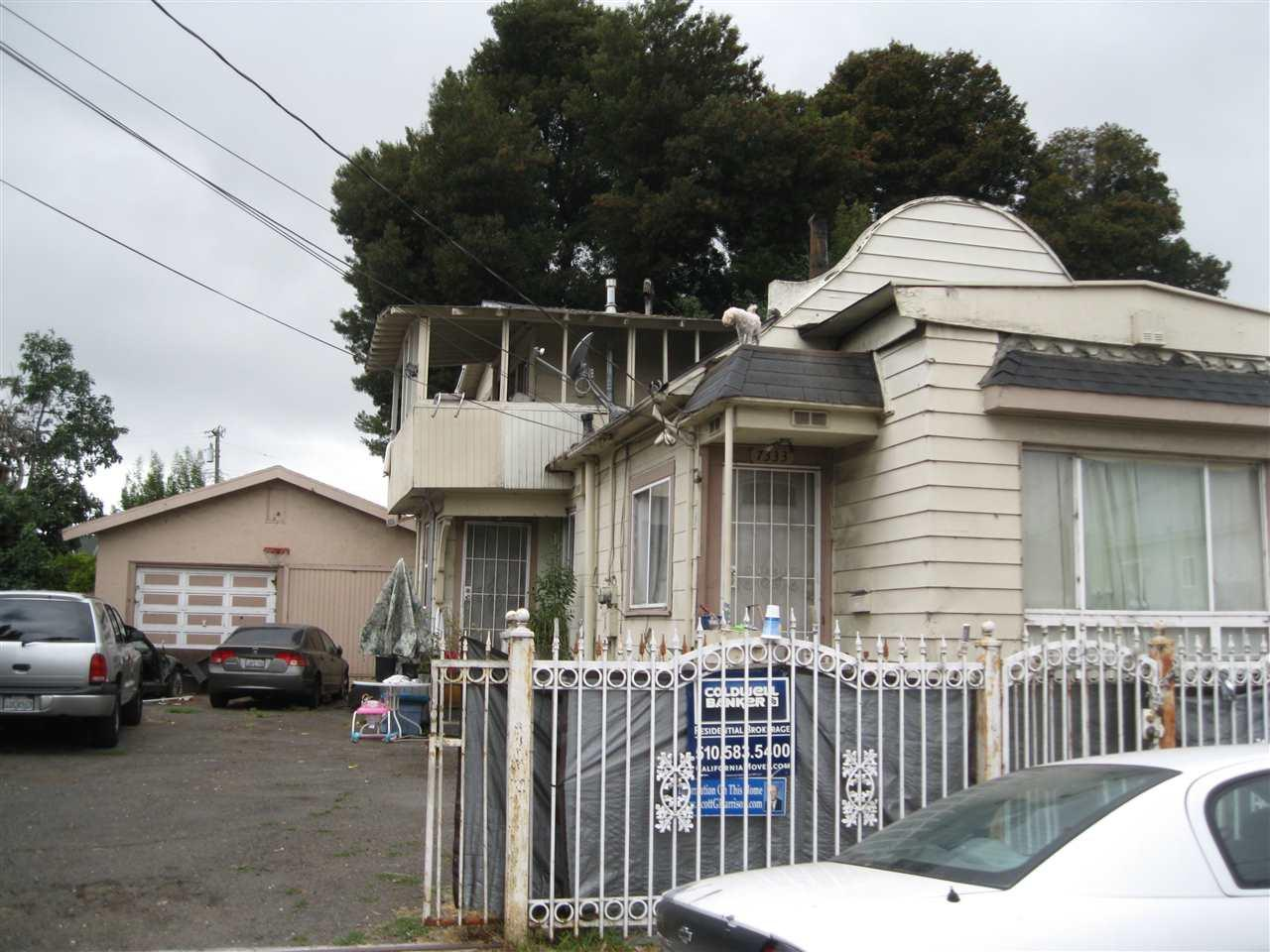 7333 Lockwood St Oakland Ca Mls 40806441 Better Homes And Gardens Real Estate