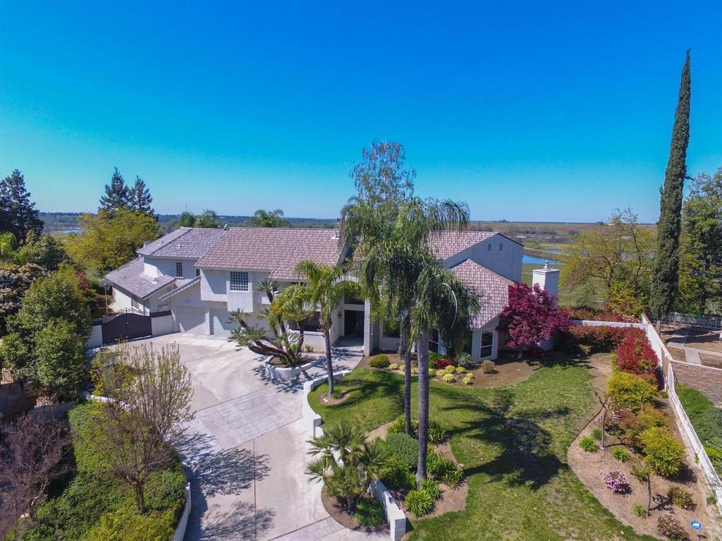406 W Bluff Ave Fresno Ca Mls 479791 Better Homes