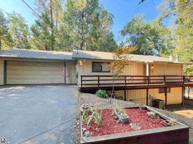 SFR located at 16750 S. Creekside Drive