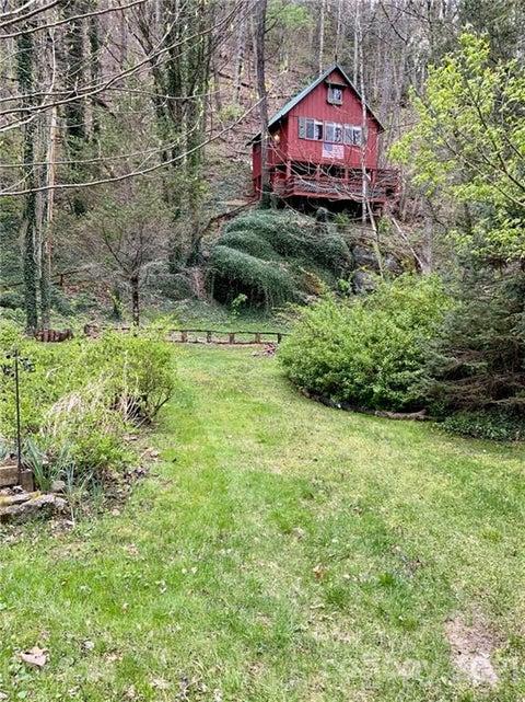 42 Mountain Farm Road
