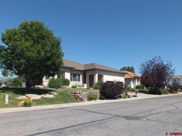 SFR located at 2507 Golf Course Lane