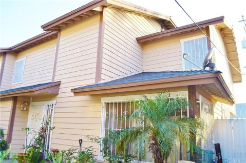 Phenomenal Long Beach Real Estate Find Townhomes For Sale In Long Home Interior And Landscaping Ferensignezvosmurscom