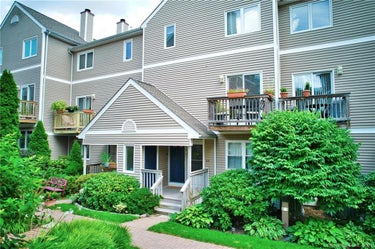 CND located at 67 Glenrock #67