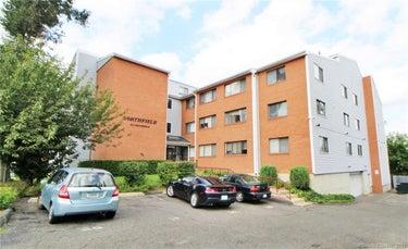 CND located at 18 Amsterdam Avenue #1F