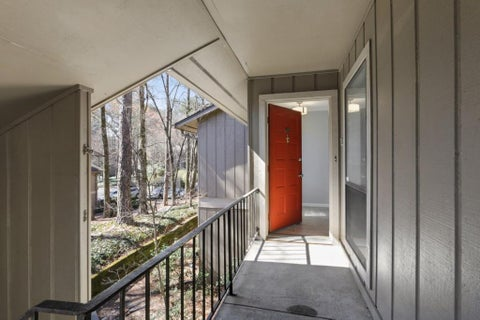 8740 Roswell Road #6k