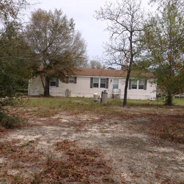 7233 roadrunner rd youngstown fl mls 644295 era