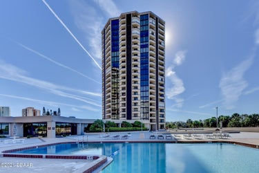CND located at 1 Oceans West Boulevard #6A4