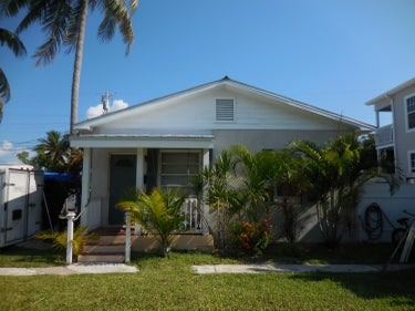 MFR located at 2603 Flagler Avenue