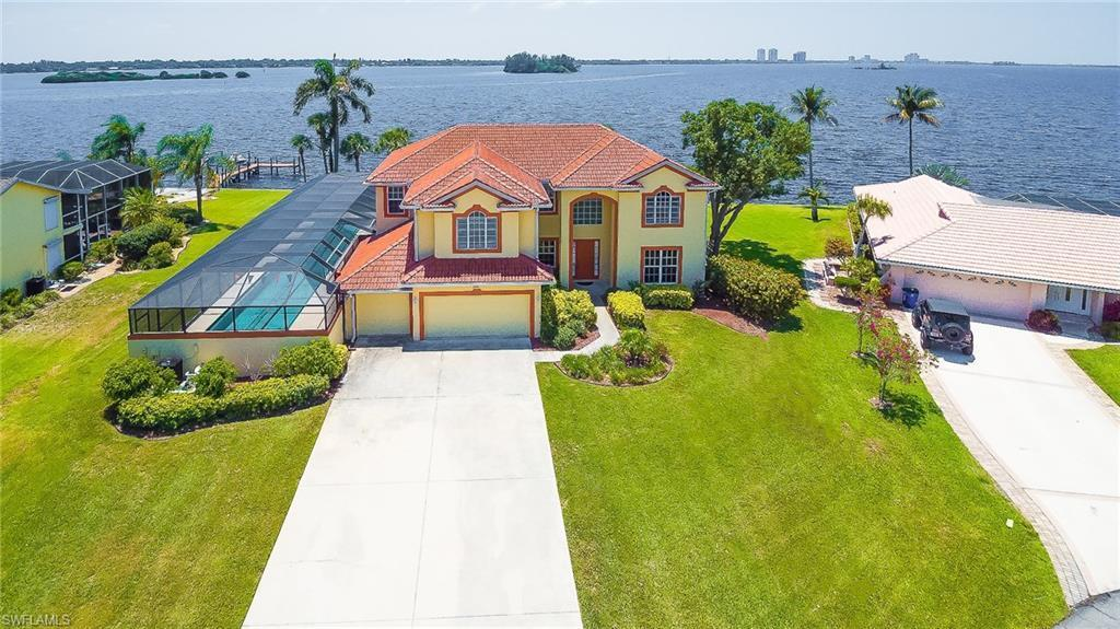2093 club house rd north fort myers fl mls 217065972