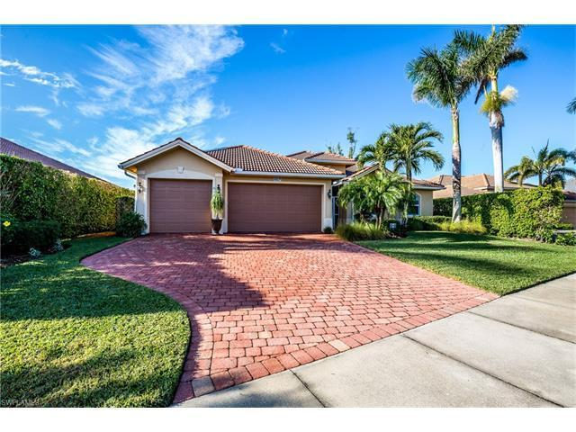 116 Forest Hills Blvd Naples Fl Mls 217079067 Better Homes And Gardens Real Estate