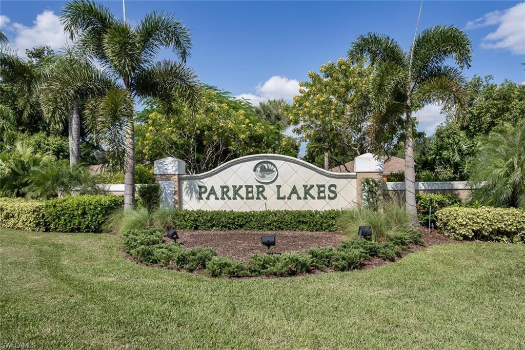 14911 Lake Olive Dr Fort Myers Fl Mls 218019406 Better Homes And Gardens Real Estate