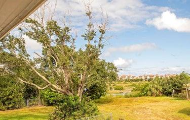SFR located at 280 Majorca Road