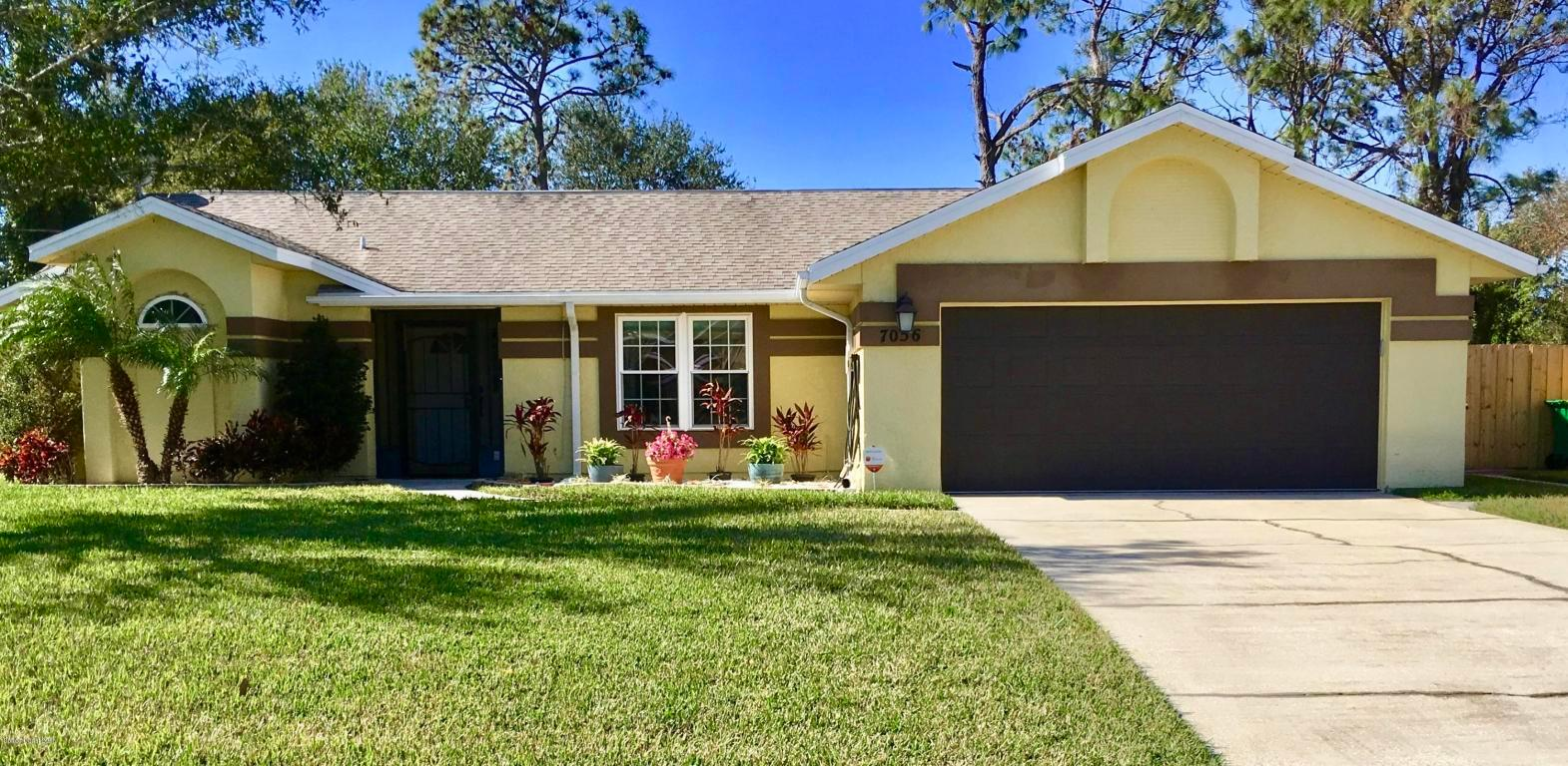 7056 Holly Ave Cocoa Fl Mls 802632 Better Homes And Gardens Real Estate