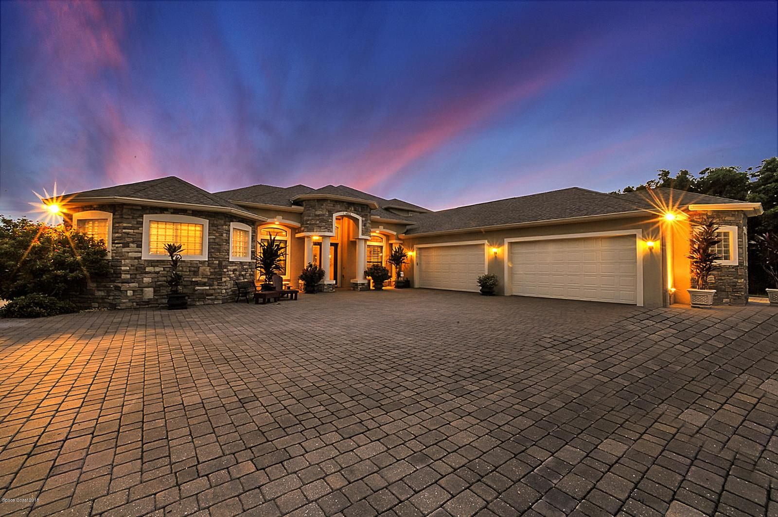 Local Real Estate: Homes for Sale — Sunset Lakes, FL — Coldwell Banker