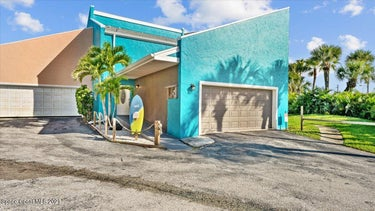 TWN located at 951 N Highway A1a