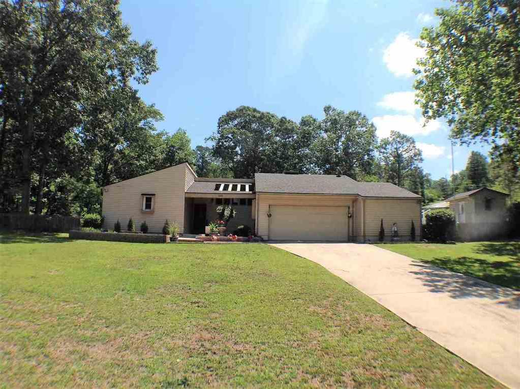 100 patton dr warner robins ga mls 172941 century for Home builders in warner robins ga