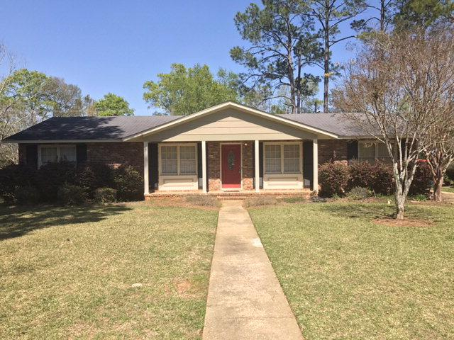 2617 pine valley rd albany ga mls 138138 era for Home builders albany ga