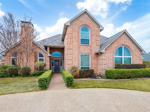 1617 Village Trail