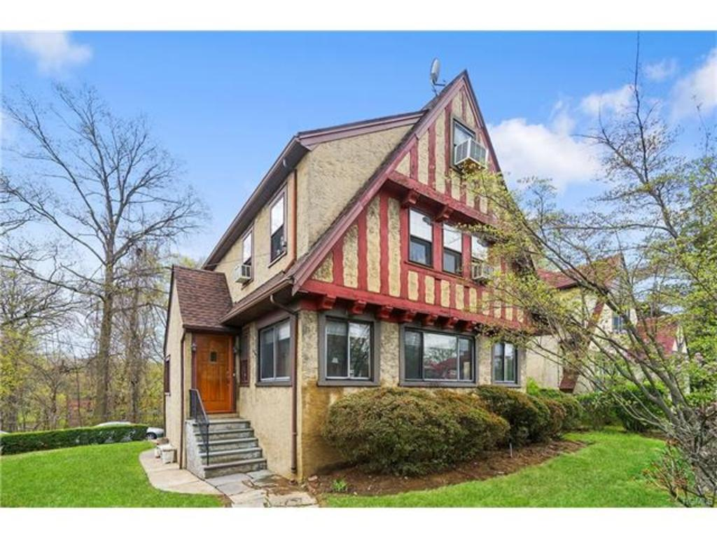 64 Willow Ave Pelham Ny Mls 4718012 Better Homes And Gardens Real Estate