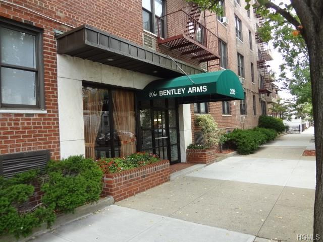2015 Saint Paul Ave 1f Bronx Ny Mls 4726273 Better Homes And Gardens Real Estate