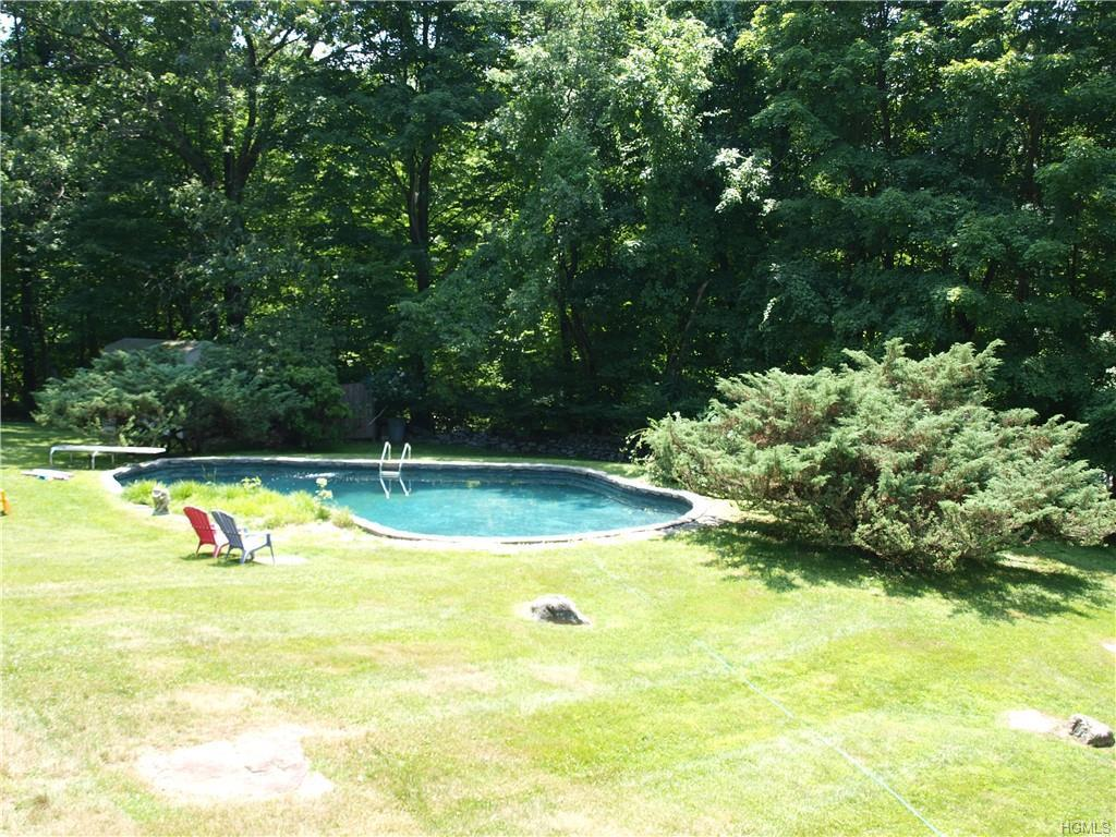 477 Mount Airy Rd E Croton On Hudson Ny Coldwell Banker