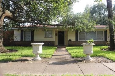 SFR located at 5101 Palmetto Street