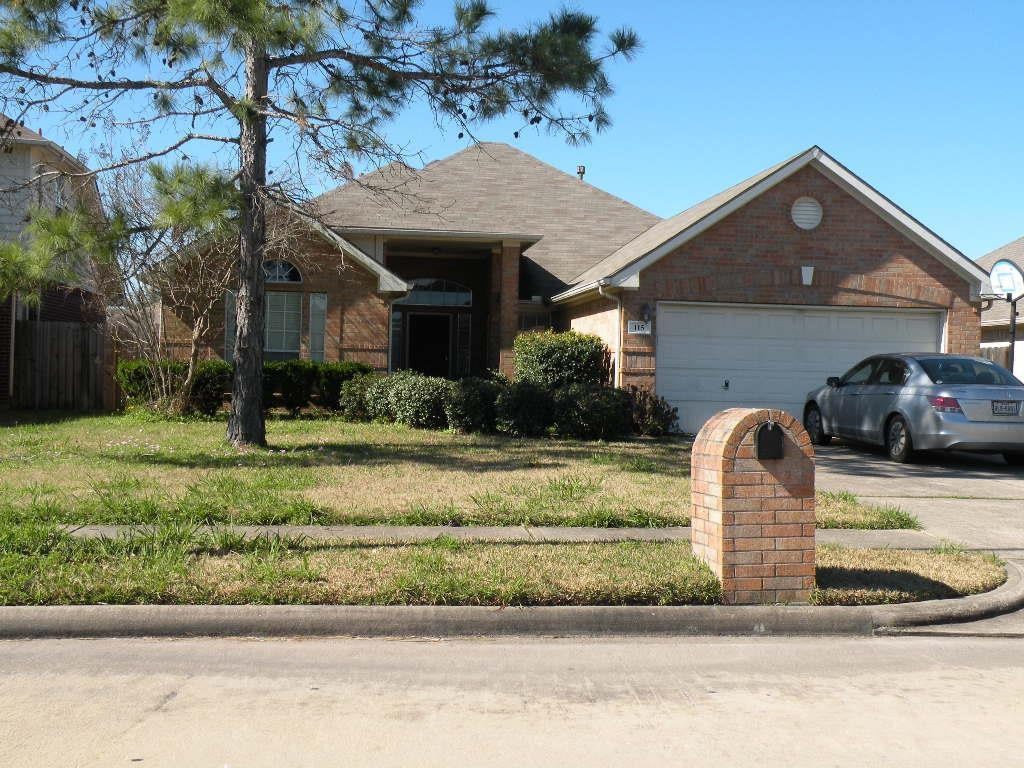 115 spencer lndg e la porte tx mls 40615448 ziprealty for La porte tx zip code