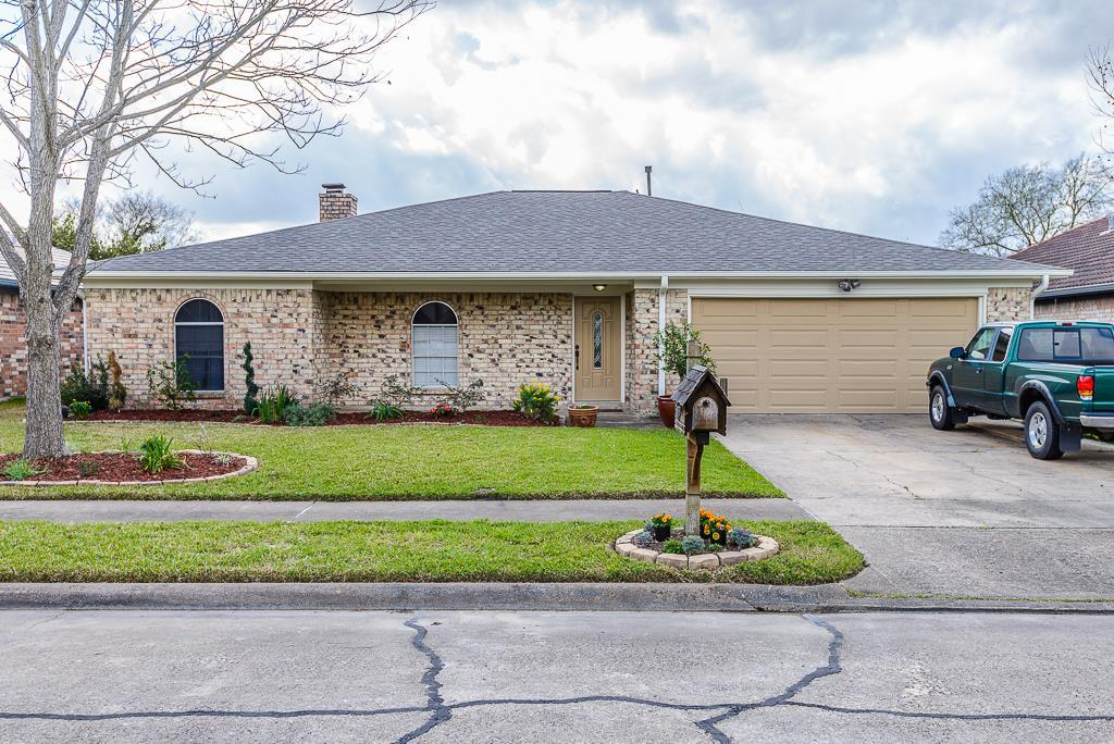 5117 meadow crest st la porte tx mls 40761066 ziprealty for La porte tx zip code