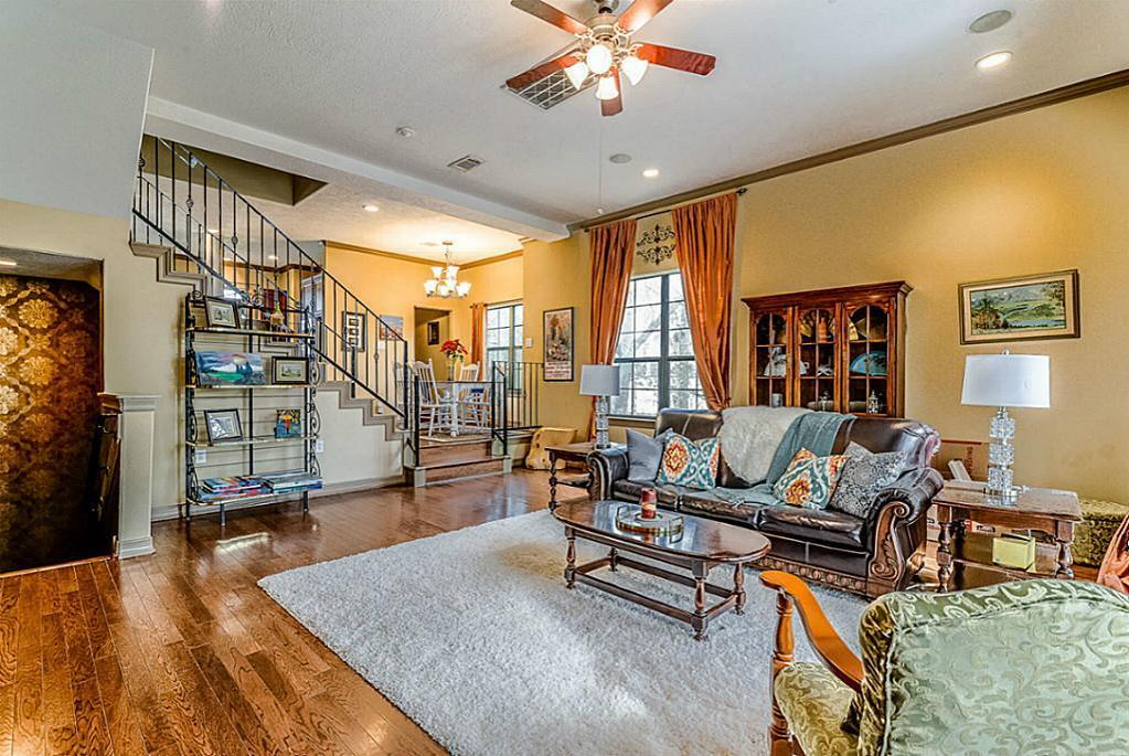 832 garden oaks ter houston tx mls 64286468 ziprealty for Garden oaks pool houston