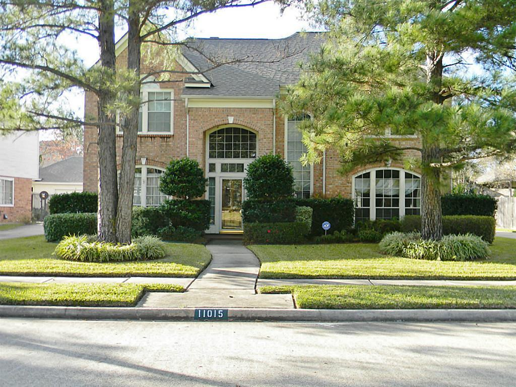 11015 tulip garden ct houston tx mls 76573203 ziprealty for Tulip garden in texas