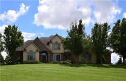 Sensational Local Real Estate Homes For Sale Newton Ia Coldwell Banker Interior Design Ideas Apansoteloinfo