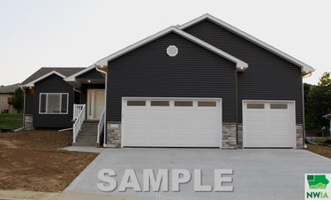 SFR located at 4623 Deer Shadow Trail