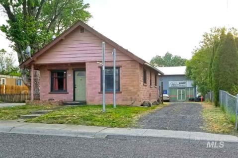 Local Real Estate: Homes for Sale — Clarkston, WA — Coldwell